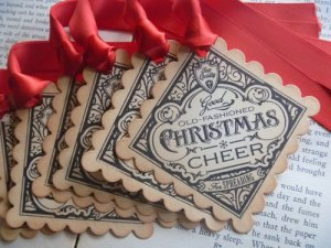 Need some beautiful handmade tags? You'll find these and other pretties in Songbird Greetings on Etsy. Handcrafted by Lorena.