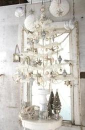 exquisite-totally-white-vintage-christmas-ideas-15