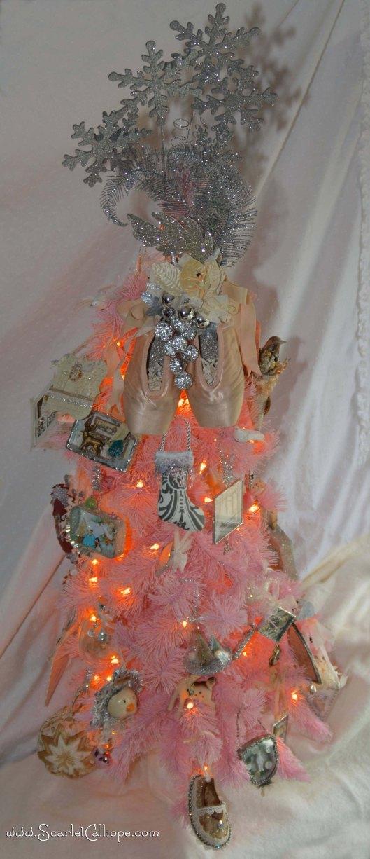 ScarletCalliope Pink Christmas Tree