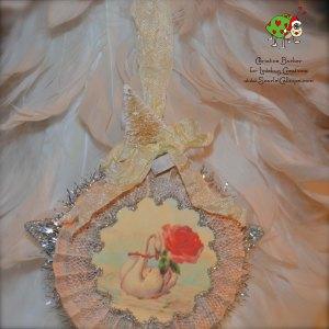 ScarletCalliope Vintage Christmas Ornament Swan 2