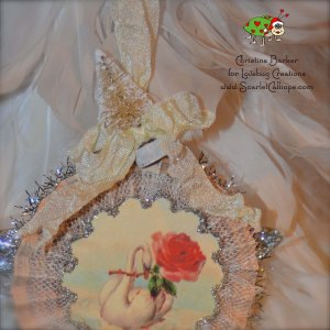 ScarletCalliope Vintage Christmas Ornament Swan 3